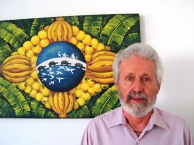 Oded Grajew e a bandeira do Brasil